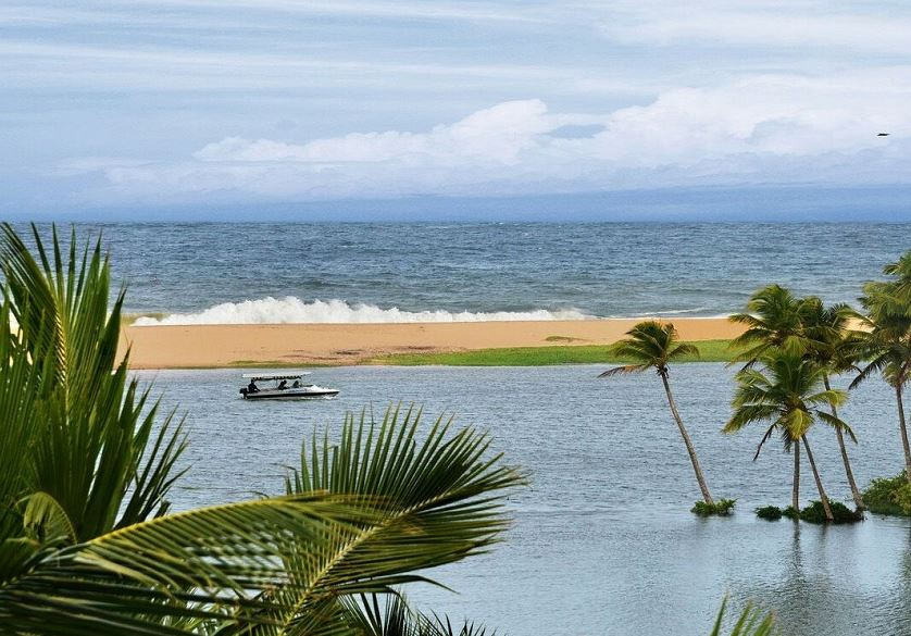 Luxury Kerala Tour Package from Bangalore
