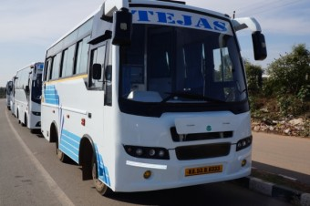 18/19 Seater Mini Bus Non A/C