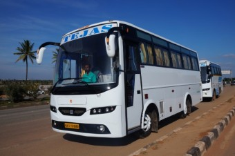 25 seater  Bus A/C
